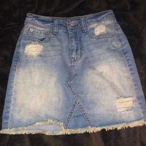 Dresses & Skirts - Denim skirt!!